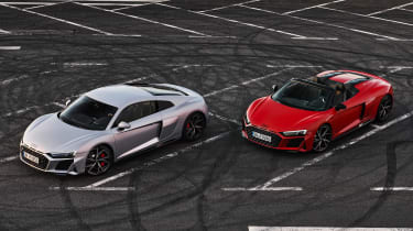 2020 Audi R8 RWD Coupe & Spyder - front 3/4 static view