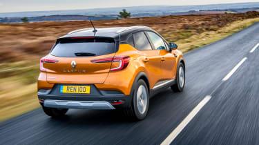 Renault Captur SUV rear 3/4 tracking