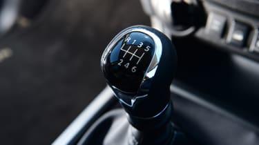 Nissan Navara - gear stick