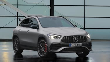 Mercedes-AMG GLA 45 S SUV front 3/4 static