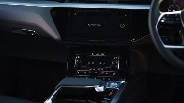 Audi e-tron Sportback SUV centre console