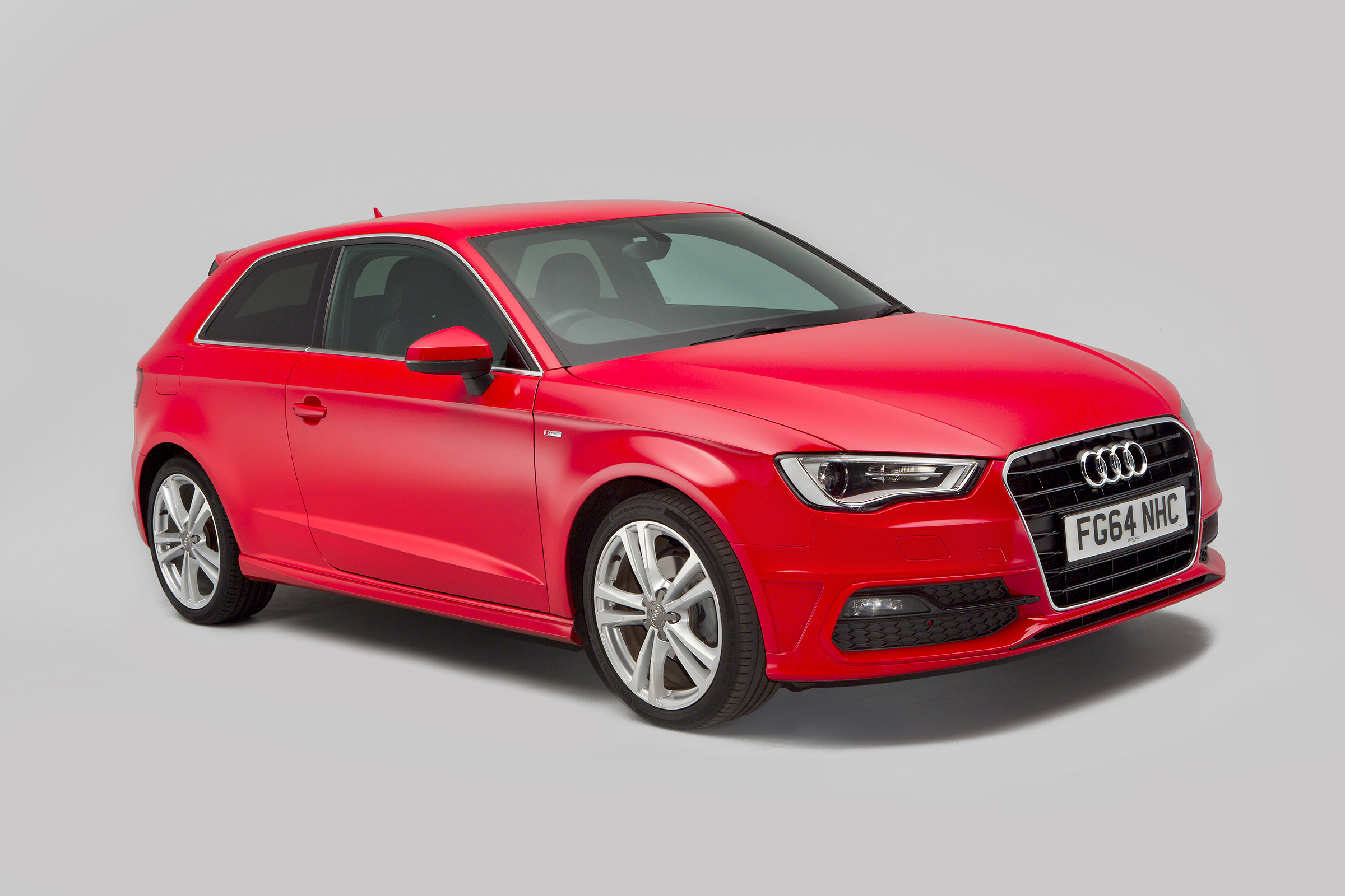 Kekurangan Audi 13 Spesifikasi