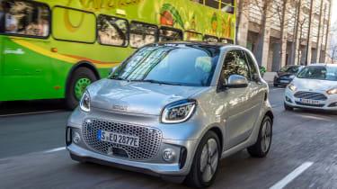 Smart EQ ForTwo hatchback front 3/4 tracking