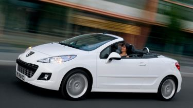Peugeot 207 CC convertible 2013 front tracking