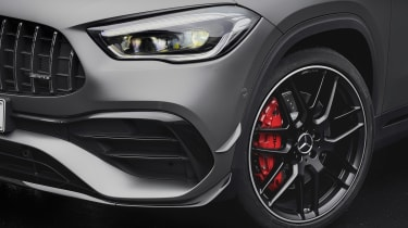 Mercedes-AMG GLA 45 S SUV front detail