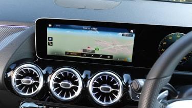 Mercedes B-Class MPV infotainment