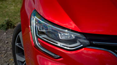 LED headlights are available on the top-spec Signature Nav, along with lots of leather and 18-inch wheels