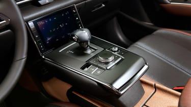 Mazda MX-30 SUV gearlever