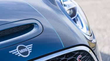 MINI Sidewalk Convertible grille with Cooper S badging