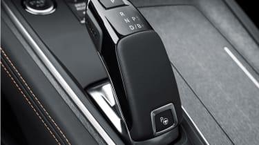 Peugeot 508 plug-in hybrid gearlever