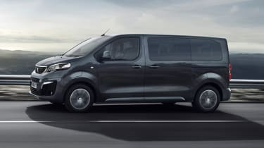 Peugeot e-Traveller driving - side view