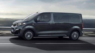 Peugeot e-Traveller driving - side view