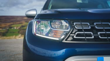 Dacia Duster Prestige headlight