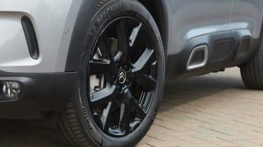 Citroen C5 Aircross Hybrid Black Edition wheel