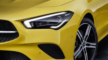2019 Mercedes CLA Shooting Brake - front light
