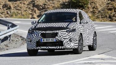 2020 Renault Captur hybrid front