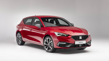 2020 SEAT Leon - front 3/4 view