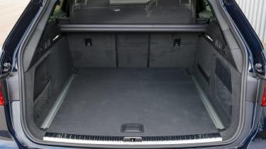 Audi A6 Allroad quattro estate boot
