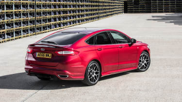 Ford Mondeo hatchback rear 3/4 static