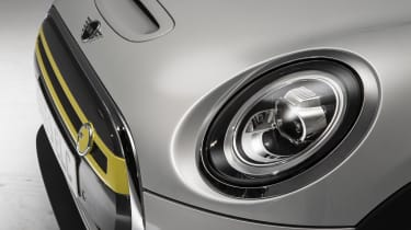 MINI Electric - front lights and grille close-up