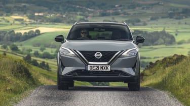 2021 Nissan Qashqai driving uphill - front
