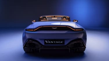 2020 Aston Martin Vantage Roadster - rear view