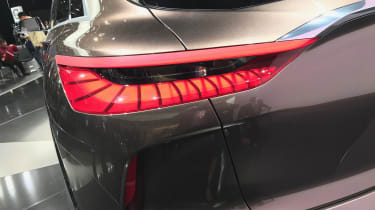 The 3D effect of the rear lamps shows imagination in design, too