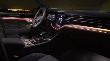 Volkswagen Touareg R interior at night