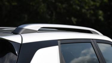 SsangYong Korando SUV roof rails