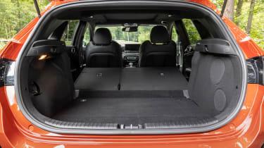 Kia Ceeed facelift drive boot seats folded