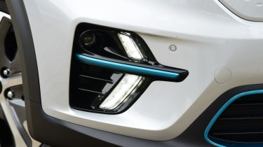 Kia e-Niro - front LED daytime running lights