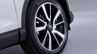 Nissan Qashqai 2014 alloy wheel