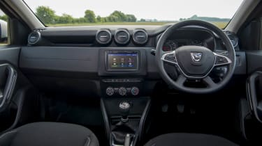 2018 Dacia Duster dash