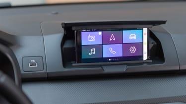 Dacia Sandero hatchback smartphone dock