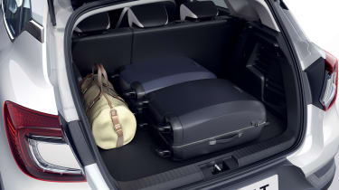 2020 Renault Captur E-Tech - Boot space