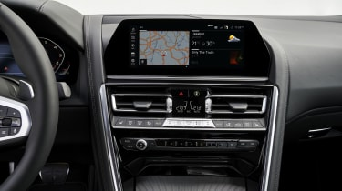 BMW 8 Series dash