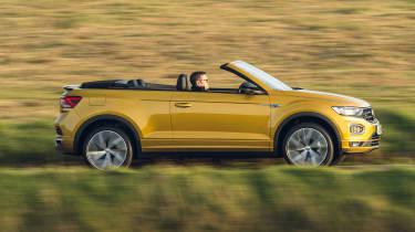 Volkswagen T-Roc Cabriolet driving - side view