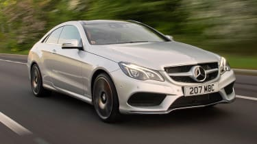 Mercedes E 400 Coupe - front 3/4 dynamic
