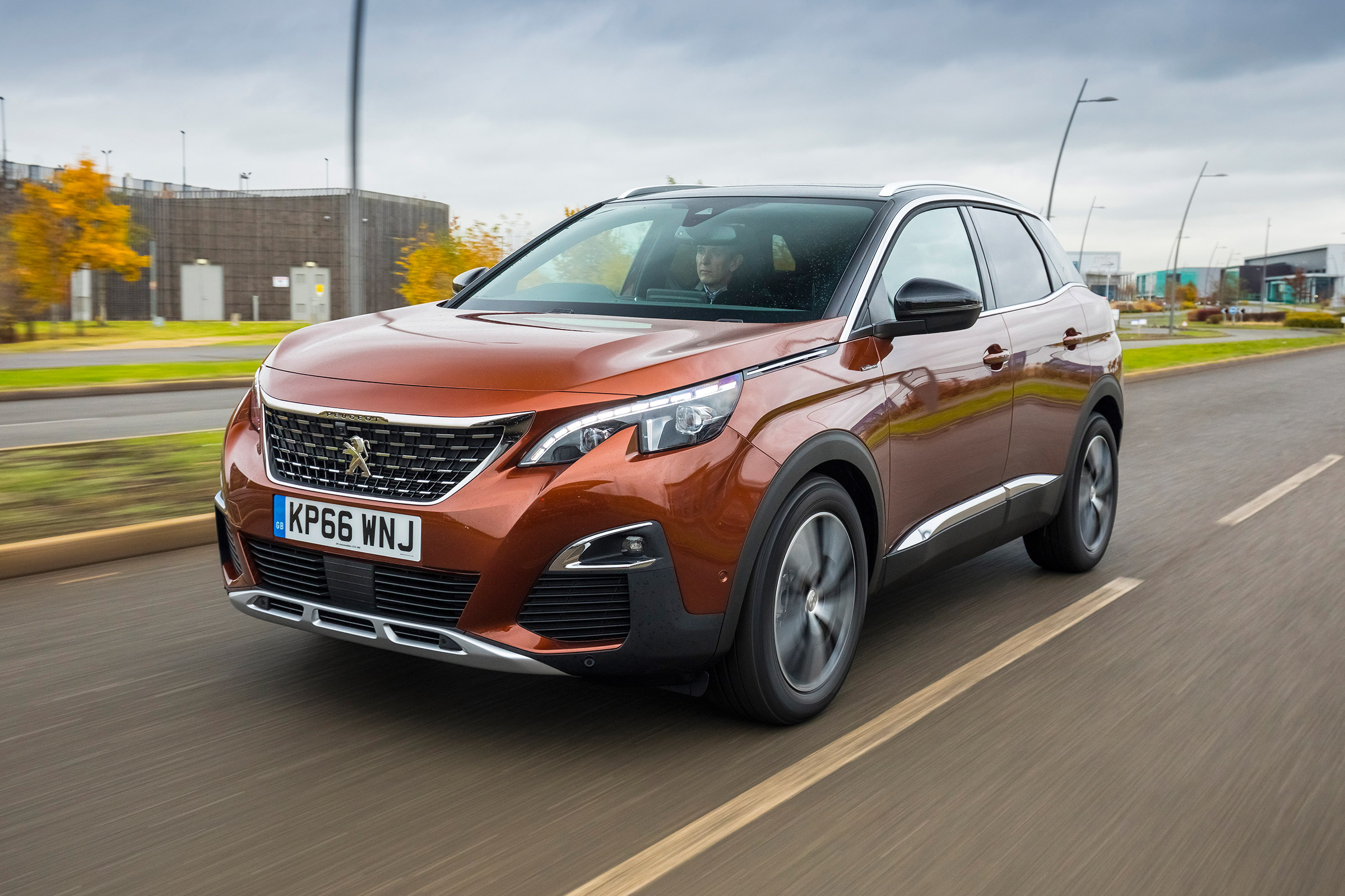 Peugeot 3008 Allure Suv Review Carbuyer