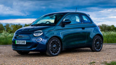 Fiat 500 electric front 3/4 static