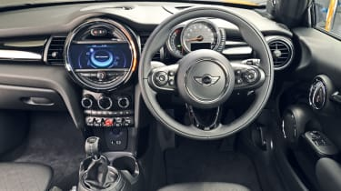 MINI hatchback 2014 interior