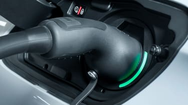 Peugeot 508 plug-in hybrid charger