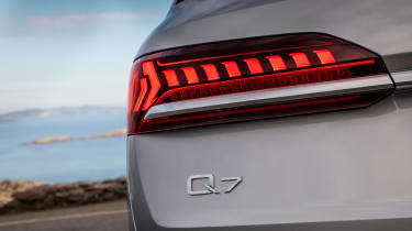 Audi Q7 SUV rear lights