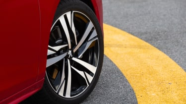 Peugeot 508 alloy wheel