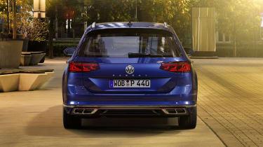 2019 Volkswagen Passat rear