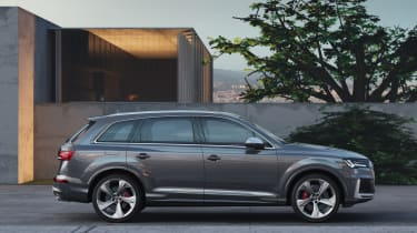 Audi SQ7 TDI - Static side view