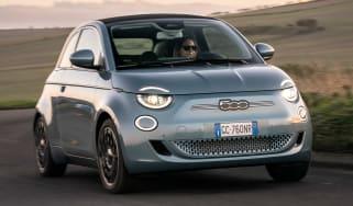 Fiat 500 hatchback front 3/4 driving