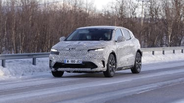 Electric Renault Megane crossover in camouflage - front