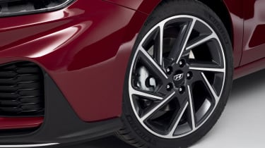 2020 Hyundai i30 N Line alloy wheel