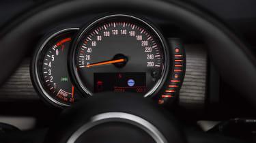 MINI hatchback 2014 dials